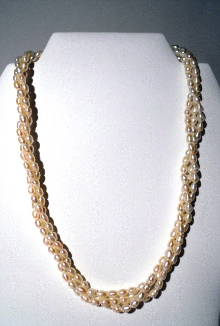 Triple Strand Freshwater Cultured Rice Pearl Necklace CSS114N